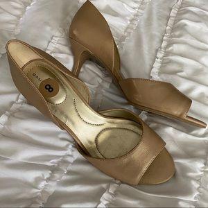 Bandolino tan heels